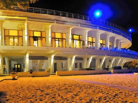 hotel-tosca-beach_02