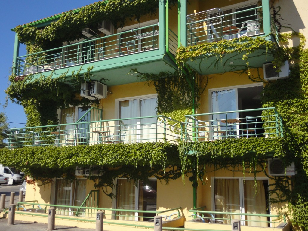 Rezultat slika za hotel golden beach hanioti atic